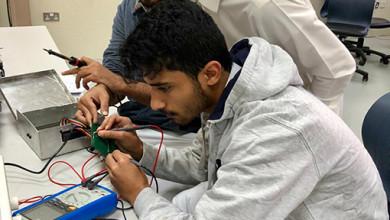 Photo of كلية الهندسة بعنيزة.. تسعى لتصبح شريكا فاعلا في مجالات الصناعة المتعددة بمحافظة عنيزة