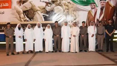 Photo of محافظ الرس يدشن قافلة «هدية أهالي الرس لجنودنا البواسل في الحد الجنوبي»