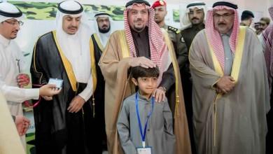 Photo of الأمير فيصل بن مشعل يدشن مدرسة شهداء الوطن ويطلع على مشاريع لتعليم القصيم بأكثر من مليار ريال