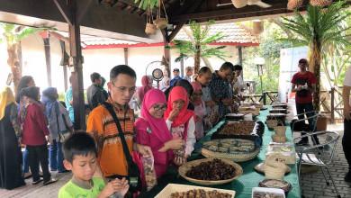 Photo of كلية الزراعة تشارك في معرض النخلة بالعاصمة الإندونيسية