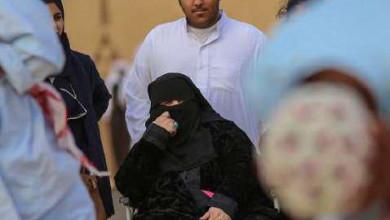 Photo of «مشاهد حية» ترسم الحنين على وجوه المسنات في جناح القصيم