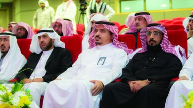 Photo of معالي مدير الجامعة يكرم الكليات الحاصلة على درع الجامعة لخدمة المجتمع